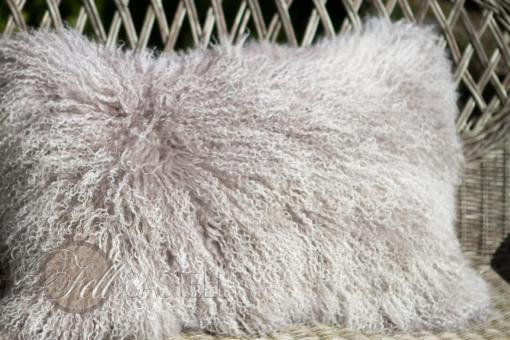 Kissen Hülle Tibet Lammfell cozy grey mit snow tops Mongolisches Schaffell Tibetlammfell