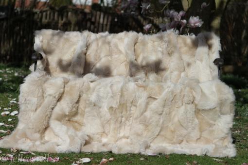 Lammfelldecke 200 x 155 cm creamweiss Felldecke Toscana Lammfell