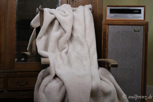 """Merinowolle Wolldecke beige """"Camel"""""""