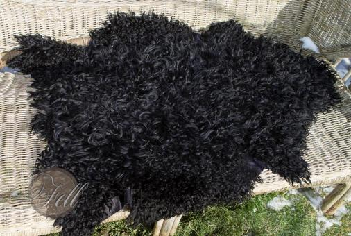 Schaffell Lammfell 75x60 cm gelockt schwarz gefärbt 2. Wahl