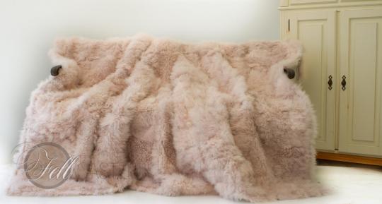 Tibetlamm Lammfelldecke 200x155 cm Puder Rosa Patchwork abgefüttert