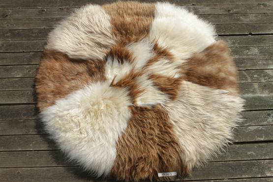 Schaffell Teppich rund 110 cm aus skandinavischen Schaffellen
