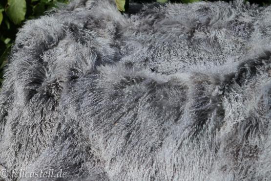 Mongolian Sheepskin Blanket 78 x 61 inch grey with snow tops Lambskin Throw