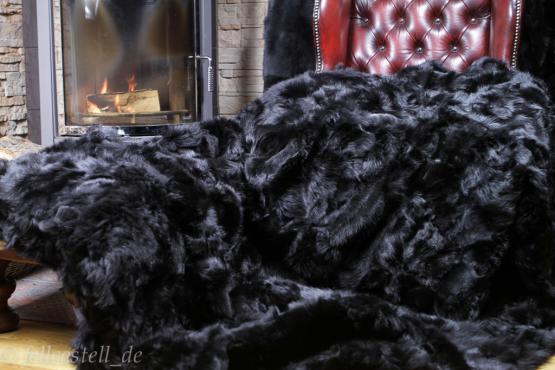 Toscana Lammfelldecke schwarz abgefüttert 220 x 200 cm