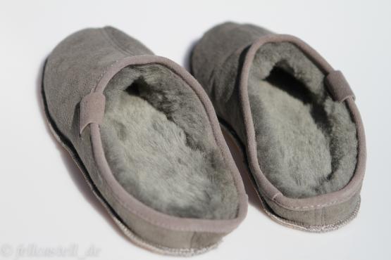Lammfell Hausschuhe Schlappen grau Lammfellschuhe Pantoffeln