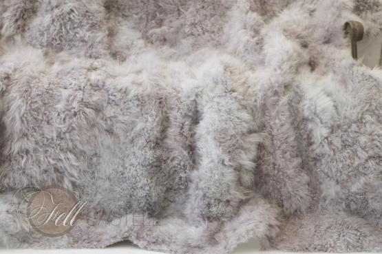 Tibetlamm Lammfelldecke Grau Patchwork abgefüttert