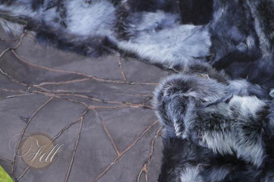 Toscana Lammfelldecke Jeansblau 200 x 155 cm Rückseite Leder