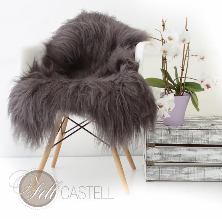 island schaffell dunkel grau lammfell langhaarig dunkelgrau lammfell schaffell shop. Black Bedroom Furniture Sets. Home Design Ideas
