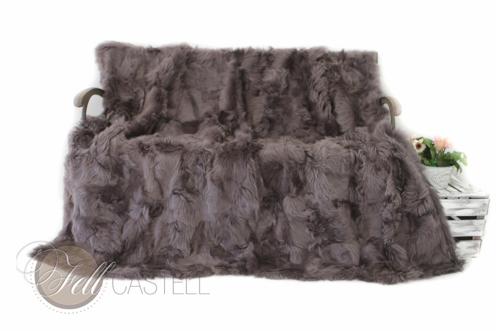 lammfell decke 200x155 cm grau lila patchwork toscana lammfelldecke r ckseite leder lammfell. Black Bedroom Furniture Sets. Home Design Ideas