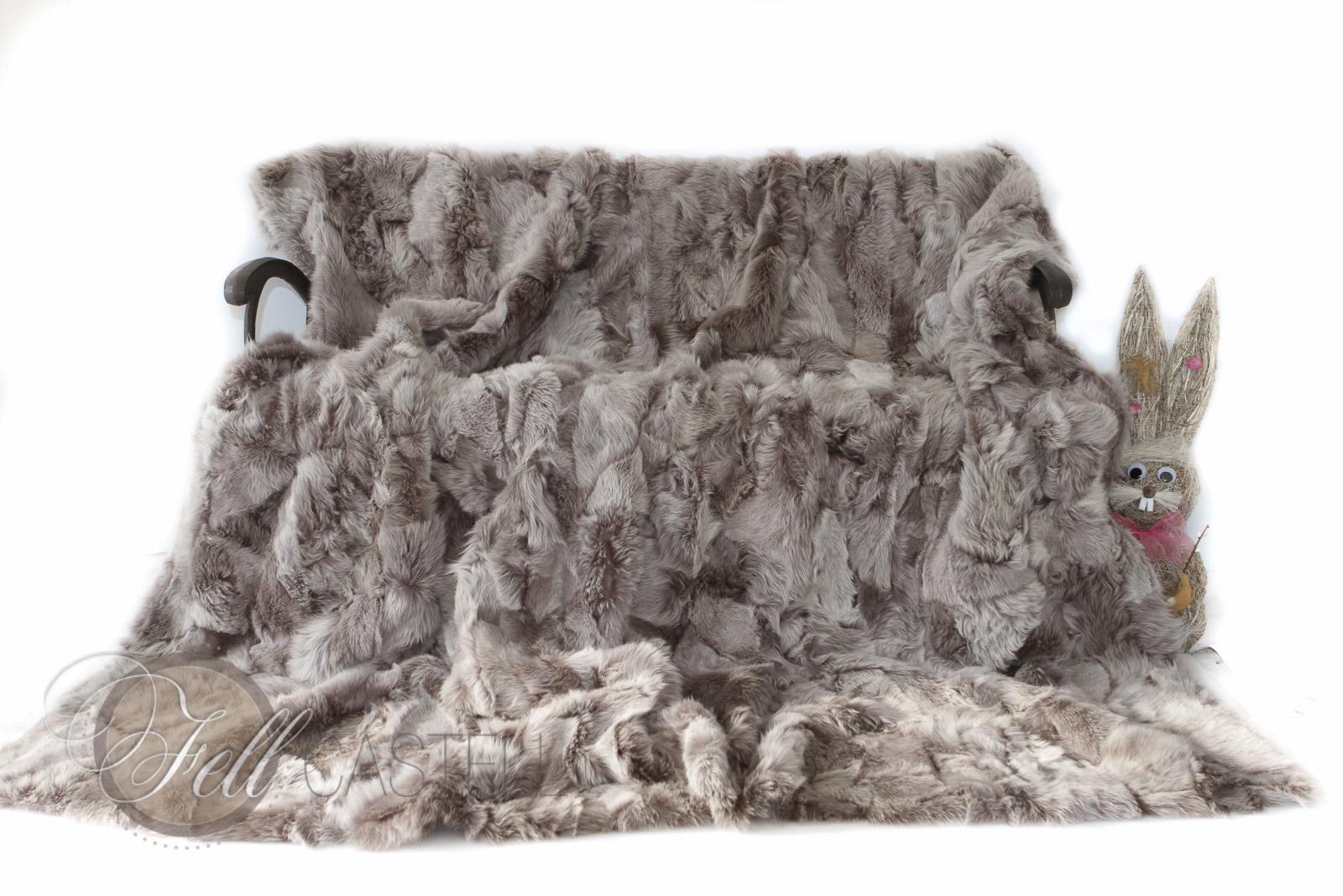 Lammfell Decke 200x200 cm Patchwork Taupe mit grauen Spitzen abgefüttert