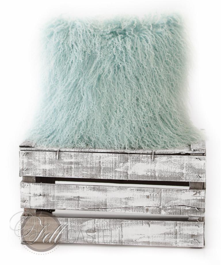 tibetlamm kissen pastell tuerkistibet lammfell. Black Bedroom Furniture Sets. Home Design Ideas