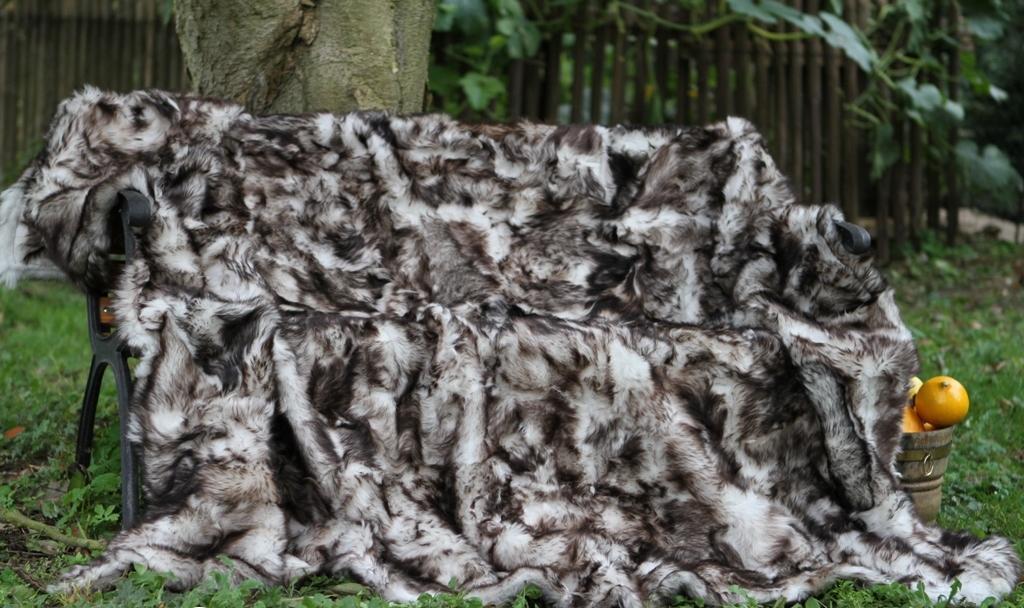 Lammfelldecke Toscana Lammfell Polarwolf 200x155 cm Weiss mit Schwarzen Spitzen gefärbt Felldecke