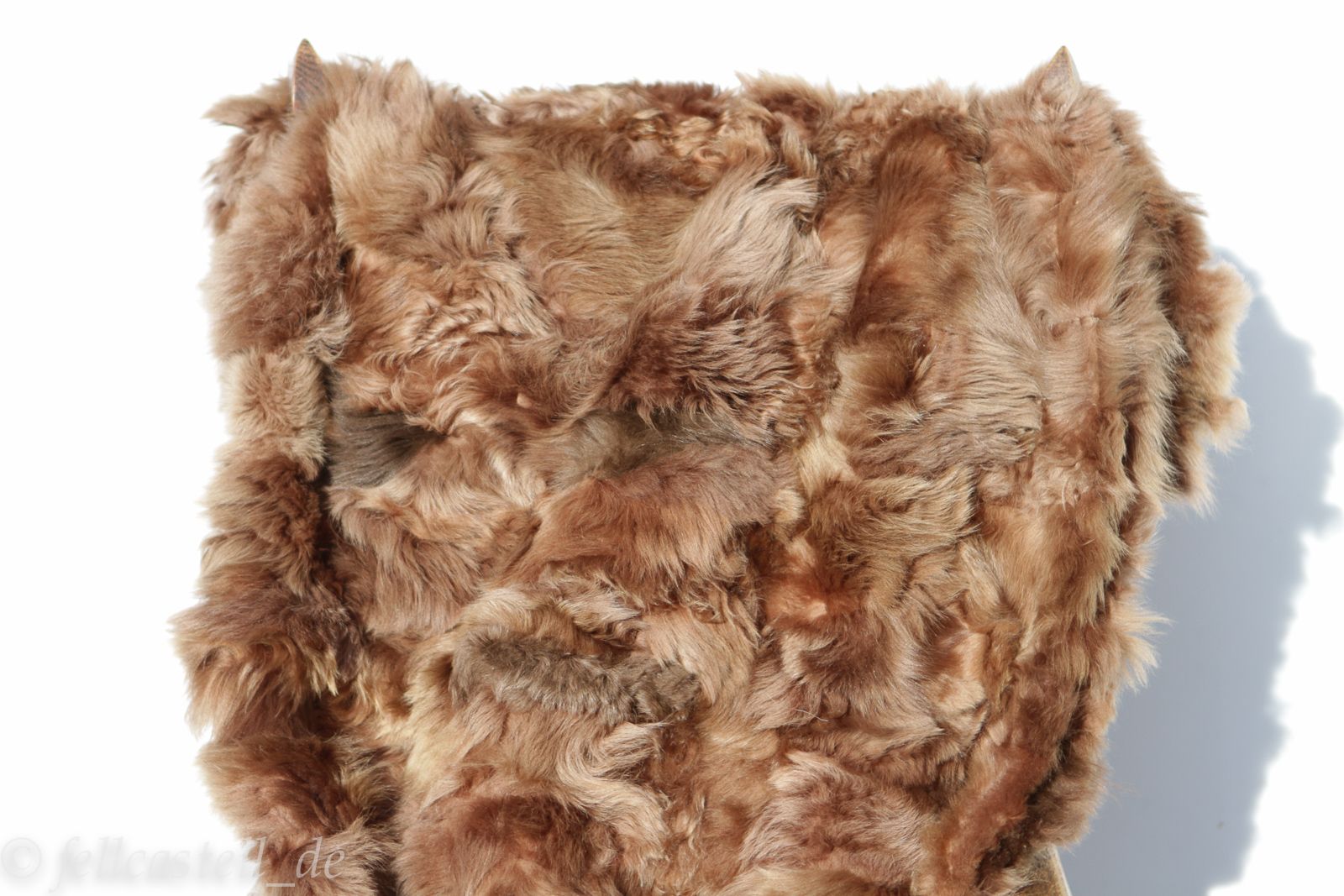 Pelzdecke aus Toscana Lammfell braun 200 x 155 cm abgefüttert