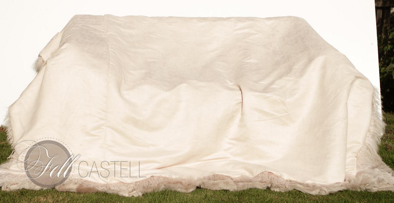Tibetlamm Lammfelldecke Altrosa gefärbt Tibet Lammfell Felldecke