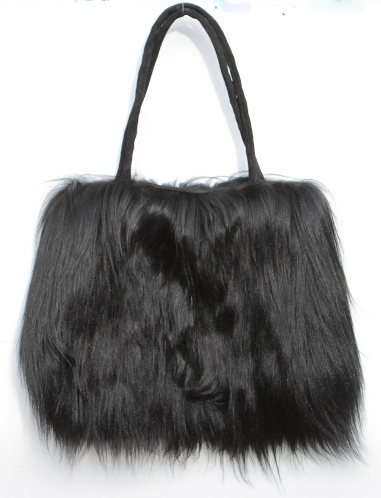 Damen Handtasche aus langhaarigem Ziegenfell