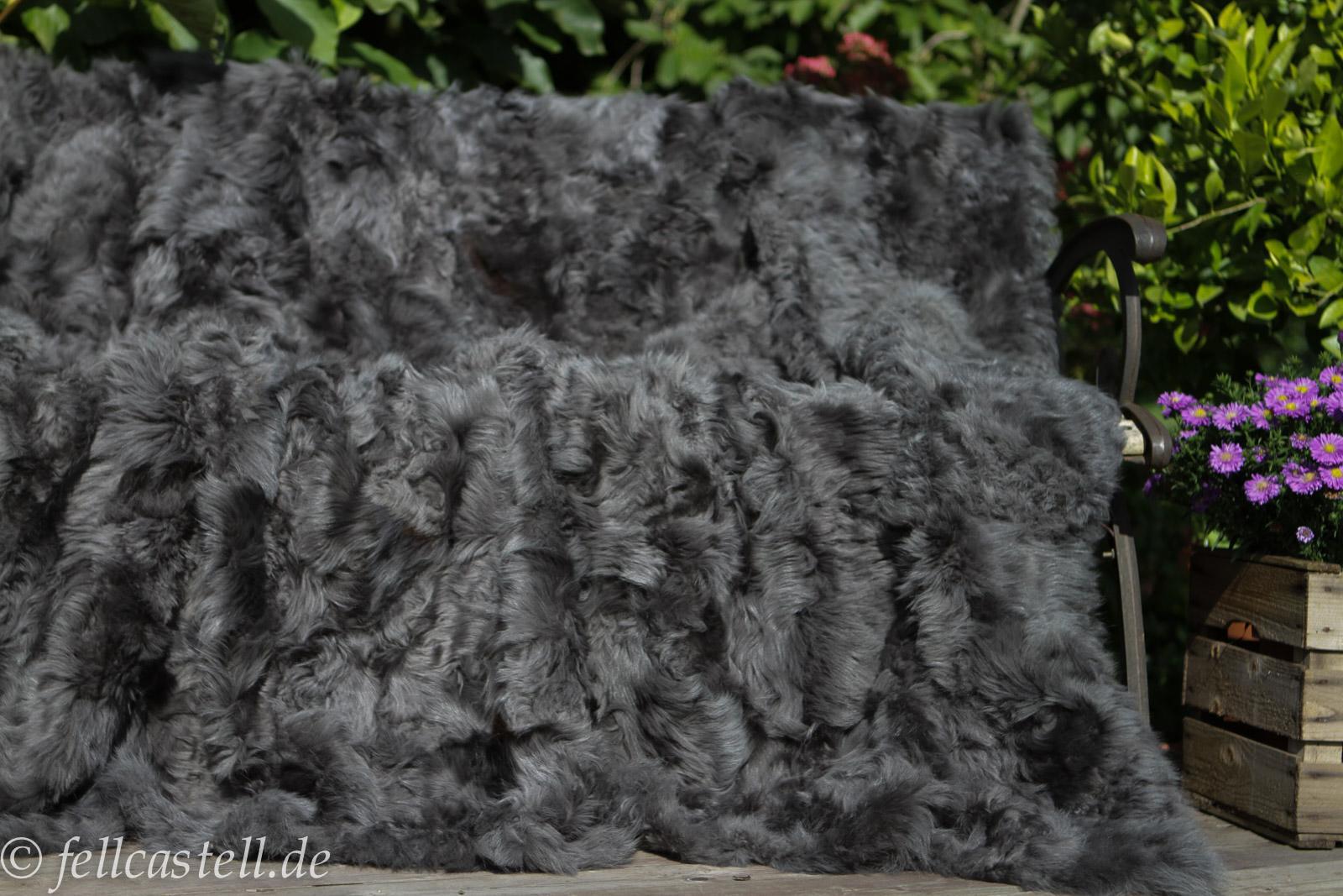 Lammfelldecke Grau 200x155 cm Toscana Lammfell Patchwork Rückseite Leder Schaffell Decke Felldecke