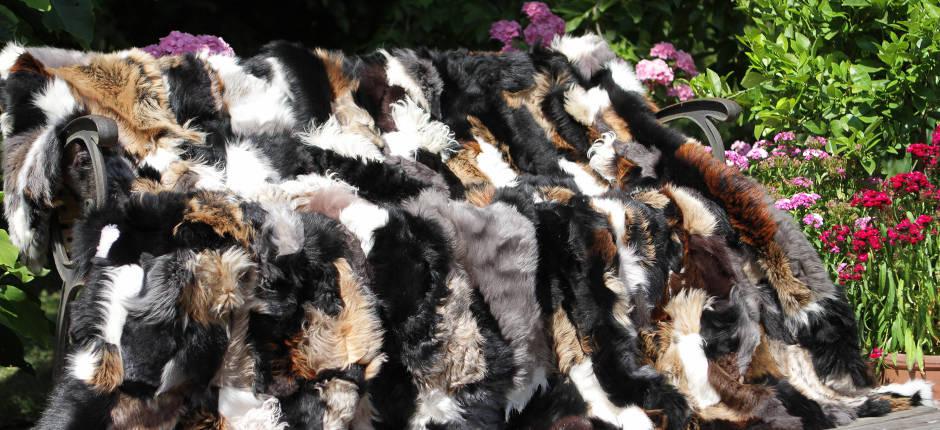 Tibetlammfell ivory 95 x 50 cm Tibet Lammfell Mongolisches Lammfell