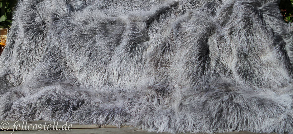 Kissen Tibetlammfell 30 x 30 cm serenity (jeans blau) Rückseite aus Stoff