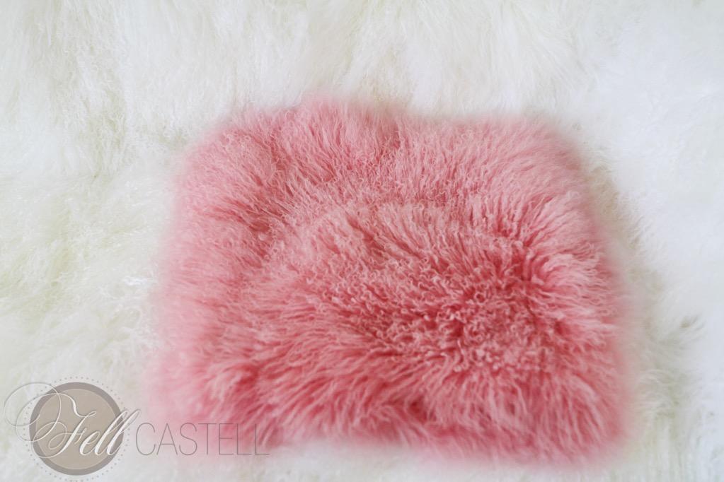 tibetlammfell fellkissen tibet lammfell kissenbezug 40x40 cm kissen rosa ebay. Black Bedroom Furniture Sets. Home Design Ideas
