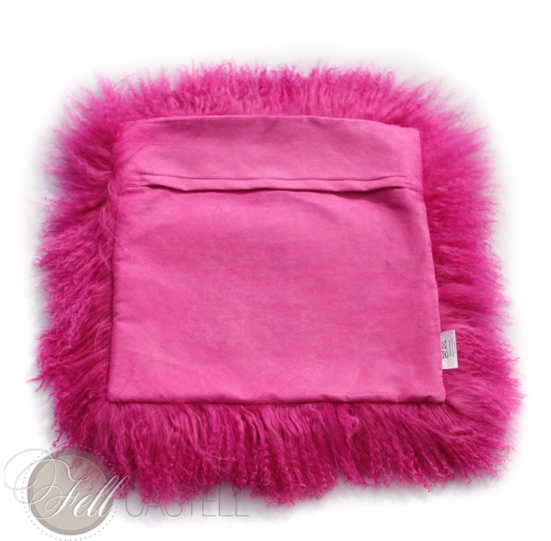 fellkissen tibetlammfell tibet lammfell kissen 30 x 30 cm hot pink. Black Bedroom Furniture Sets. Home Design Ideas